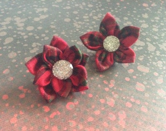 Red vintage lapel pins