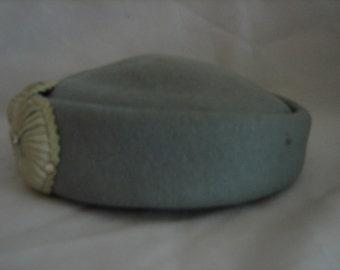 Vintage Glenover Henry Pollak Ladies Hat with Shell Decor