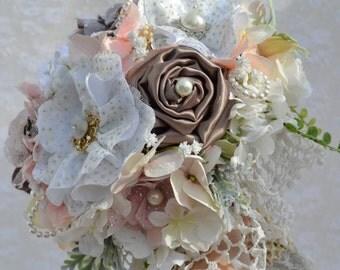 Custom brooch bouquet, Wedding Bouquet, Vintage Bridal Brooch Bouquet, Handmade Fabric Flower Bouquet, Antique Brooch Bouquet
