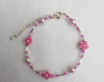 Hand Crafted Pink and Silver Beaded Bracelet.