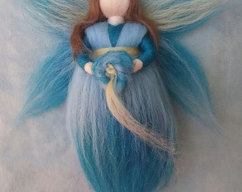 Wool fairy, Spring, Waldorf inspired, Seasonal table, Ideal gift. Needle felted wool