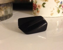 Vintage 1960's Black Lucite Multi Faceted Trapezoidal Shaped Ring Size 6.5