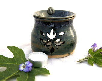 Essential oil burner. aromatherapy.  essential oil diffuser. candle burner. candle holder. ceramic oil burner.hostess gift.gift idea for mom