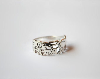 Vintage elephant ring, sterling silver ring, chunky ring, hollow-out ring (J7)