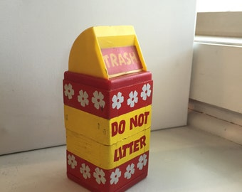 Vintage Toy Blocks that make a Trash Can, Do Not Litter - children's toy  #622