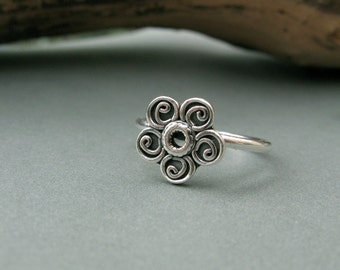 Sterling silver flower ring, made to order in your size