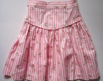 Girls Cotton Skirt pink and white stripes with rosebud design   vintage 1980s