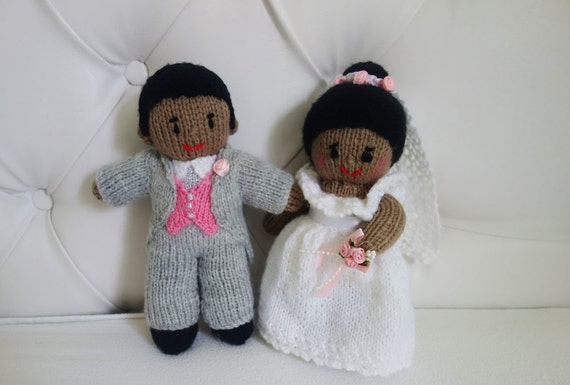 Knitted Wedding Gifts: Hand Knitted Bride And Groom Mr & Mrs Dolls Wedding Gift
