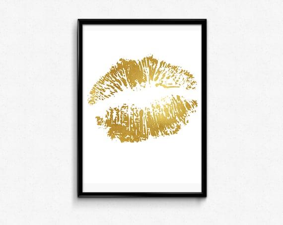 Wall Art Gold Lips : Lips print gold foil art wall decor bedroom