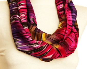 Textured Purple red infinity scarf, tube scarf, loop scarf, womens scarf, fashion accessories, summer fashion scarf, red purple infinity