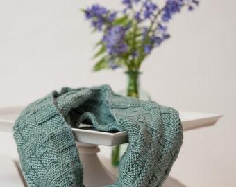 Alpaca & Silk Knit Cowl Handmade Women Her Accessories New Unused Soft Green Blue Sea Foam Infinity Scarf Scarves Wraps
