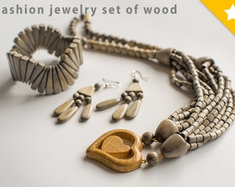 Wooden jewelry set  ''Heart'' Wood necklace, earrings and bracelet
