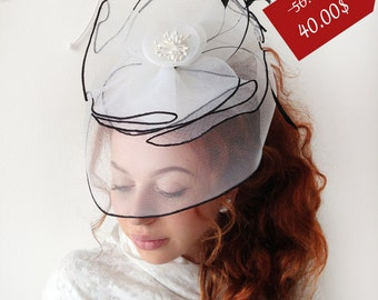 "White Fascinator - ""Lady Di"" White Wedding Fascinator Hat, Tea Party Fascinator Hat - Kentucky Derby Fascinator - British Fascinator"