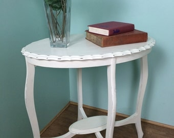 Shabby chic occasional side table annie sloan paint