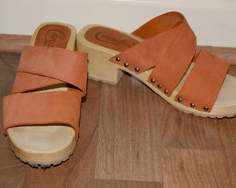 Vintage Candies 70s Strappy Suede Wooden Platform Clog Sandals, Mules, Studded, Wooden and Leather Suede Upper, Crisscross, Orange, Size 6