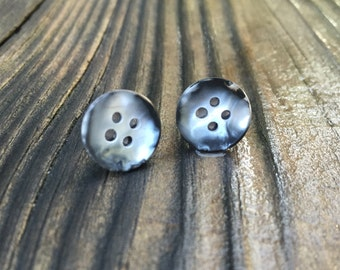 Black/White Pearly Button Earrings