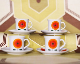 SALE ! Bavaria 70s Orange Flower Set of 4 Coffee Cups with saucers - Excellent condition