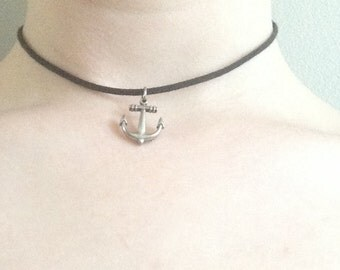 Adjustable Choker with anchor pendant