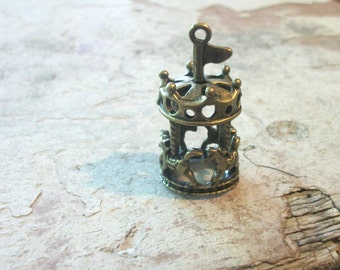 1 Large Dimensional Carousel Charm Brass 40mm