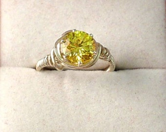Sparkling Faceted Yellow Citrine Jewel Sterling Silver Ring - Size 8-1/2
