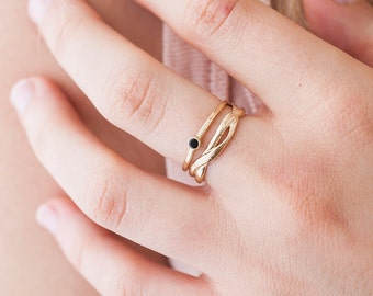 Gold Twisty Little Onyx   | Nature Inspired |  Ring Set | Stacking Rings