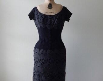 schwarz dress | vintage 1950s dress • black applique 50s dress