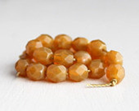 25 Milky Topaz Faceted 6mm Rounds - Czech Glass Beads