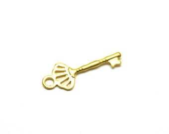 5 pcs Matte 22K Gold Plated Base KEY Charm - Key 15x6mm-(019-036GP)