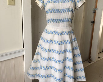 1950s Cotton Floral Day Dress Blue Morning Glory BETTY Hartford Flowers A-Line Multiple Tucking Medium Large