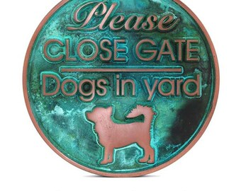 "Dogs In Yard Sign 12"" Diameter by Atlas Signs and Plaques"