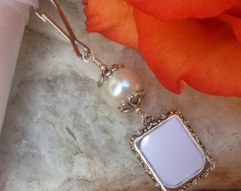 Wedding bouquet photo frame charm. White or blue pearl Bridal bouquet charm. Small picture frame charm. Shower gift for the bride.