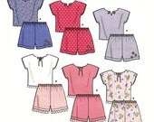 203 Simplicity 9796 Child Pullover Tops Pull-on Shorts Toddlers sizes 1/2 1 2 3 4 It's So Easy Play Clothes Sewing Pattern, Uncut