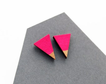 Triangle wooden stud earrings - hot pink and gold - minimalist, modern, hand painted eco friendly jewelry