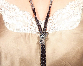SALE ----- Vintage Faceted Black and Silvertone Beaded Faux Lariat Necklace