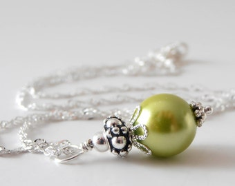 Apple Green Pearl Necklace, Chartreuse Bridesmaid Necklaces, Beaded Pearl Wedding Jewelry Sets, Apple Bridesmaid Jewelry Gift, 16 or 18 Inch