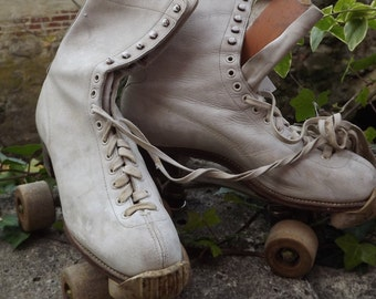 Vintage Chicago Betty Little Hyde Ladies Roller Skates Circa 1950's-60's