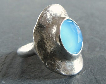 Sterling silver and blue chalcedony statement ring // size 8.5 / blue stone ring / silver ring / unique ring / rustic ring / designer ring