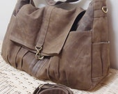 New Year SALE - 20% OFF Classic in Waxed Canvas Brown / messenger / diaper bag / Shoulder Bag / Hobo / Purse / tote bag / women / For her