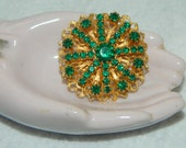 Vintage Gold Tone and Emerald Green Rhinestone Brooch Prong Set