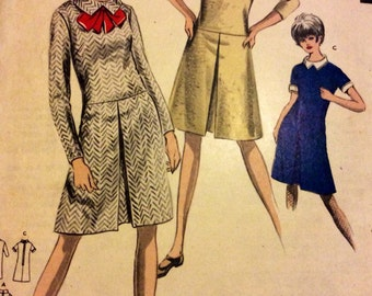 """Mid 60's dress.  Weigel's 2827 vintage sewing pattern.  Uncut.  Bust 36"""" Mad Men style, retro day dress"""