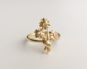 V I N T A G E // 14k bouquet / yellow and rose gold with diamonds / flower design ring / size 7
