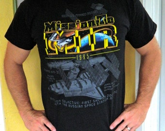 NASA 1995 MIR Space Station vintage tee shirt space shuttle size large