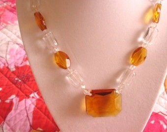 Topaz Clear Glass Chain Link Bead Necklace  .
