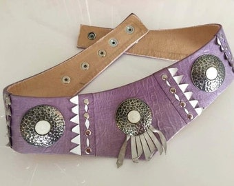 Beautiful Vintage Leather Western Ladies Belt with Fringe and Conchos -- Size M-L