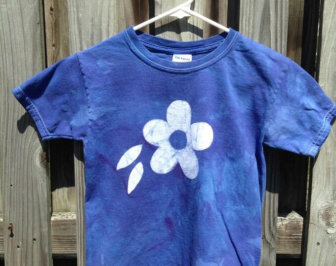 Flower Girls Shirt (Youth S), Girls Flower Shirt, Blue Flower Shirt, Kids Flower Shirt, Batik Kids Shirt, Girls Batik Shirt, Girls T-Shirt