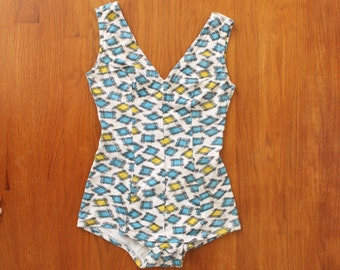 1950s Swimsuit / 50s 1940s Leotard Novelty Print Swimsuit
