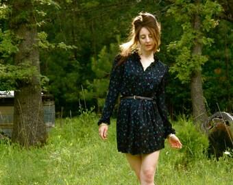 Vintage Silk Dress... Dark Floral... Light as a Cloud Silk