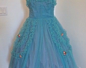 Vintage 1950s Prom Dress / Tulle Party Dress / 50s Cupcake Aqua Blue Net Tulle Prom Dress with Millinery Forget Me Not Floral Bouquets - M/L
