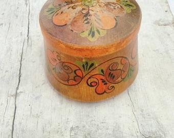 Distressed vintage wood box East European Rustic Floral