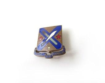 Vintage Military Pin Noli Me Tangere US Army c.1940s